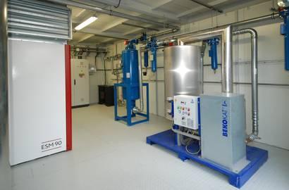 Hotová kompresorová stanice – pohled na příslušenství