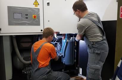 Servis kompresora v dielni